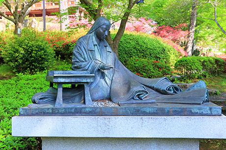 石山寺 紫式部 像
